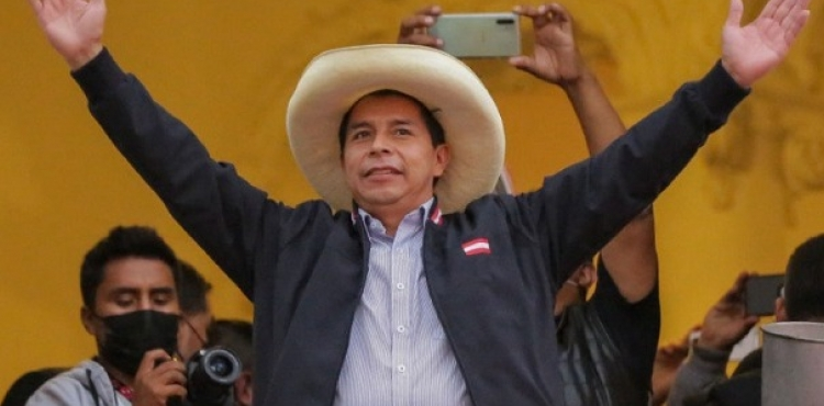 Peruda yeni prezident seçildi